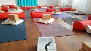 En sneak peak i vad som pågår på yogalärarutbildningen